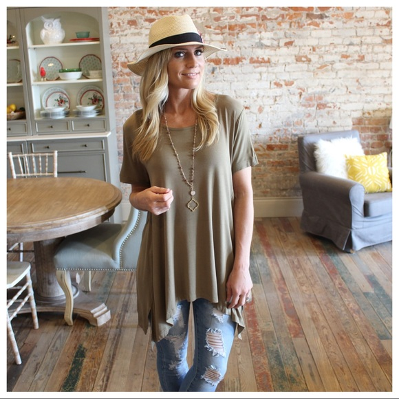 Infinity Raine Tops - ✨RESTOCKED✨Olive short sleeve asymmetrical tunic